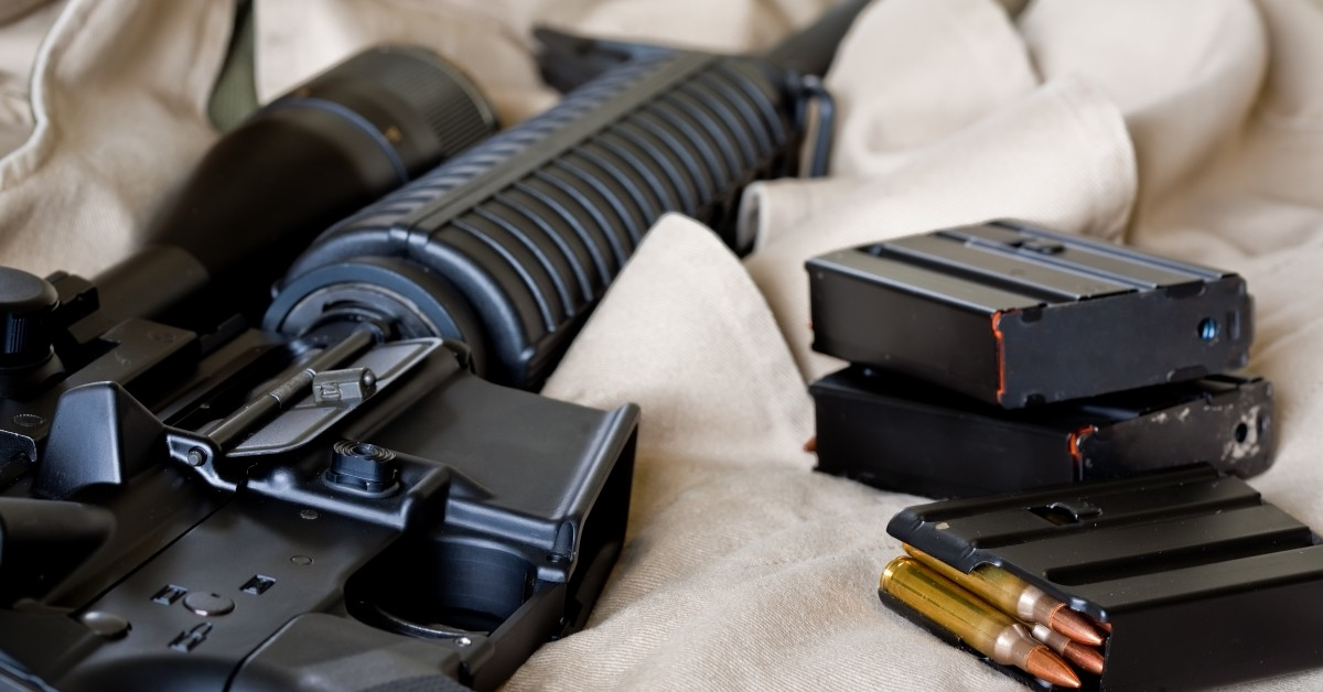 difference between clip and magazine holster builder